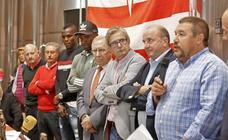 La peña Isma homenajea a José Manuel Díaz Novoa