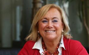 «Tenemos un café pendiente para hablar de política», dice Mercedes Fernández sobre Cristina Coto