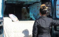 La familia de Candás que vive en una furgoneta nunca pidió ayudas al alquiler