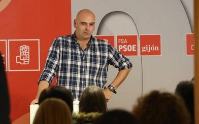 Los críticos del PSOE justifican no presentar un candidato propio en que «no queremos ser cómplices de la división»