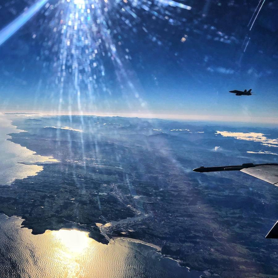 F-18 y Eurofighters sobrevuelan Asturias