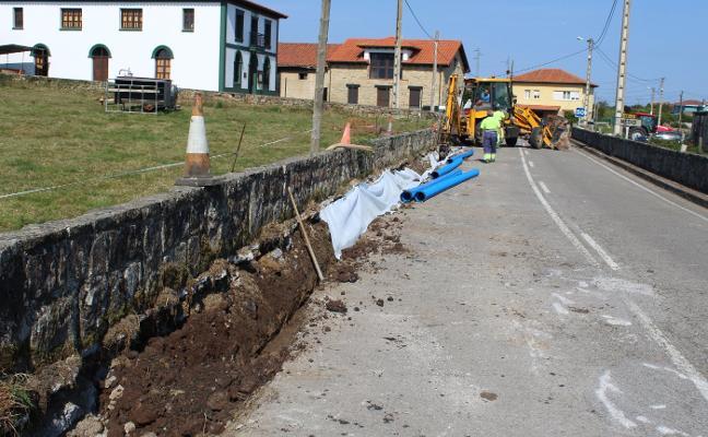 Inician las obras de mejora en la carretera de Quintes