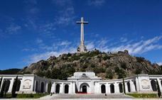 Podemos defiende demoler la cruz del Valle de los Caídos
