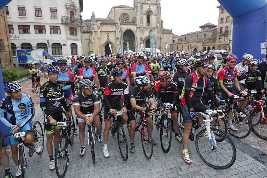 Marcha cicloturista Adolfo Alperi en Oviedo