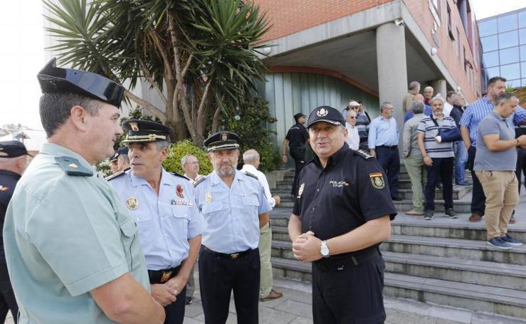 La Policía Nacional honra la memoria de los agentes fallecidos