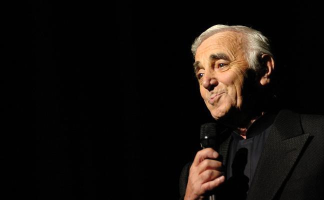 La música pierde a Aznavour, el 'Sinatra' francés