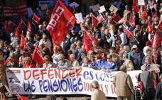 Cientos de personas claman en Gijón por un sistema de pensiones «digno y con futuro»