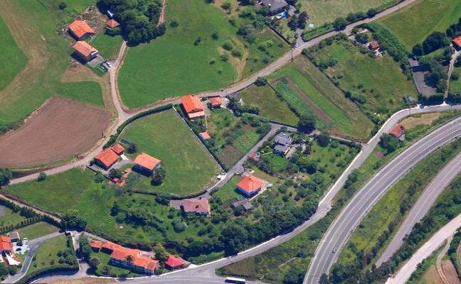 Carreño invierte casi 120.000 euros en la ampliación del saneamiento de Albandi