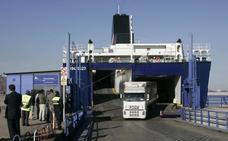Los transportistas celebran el respaldo de la UE al proyecto de autopista del mar de Balearia