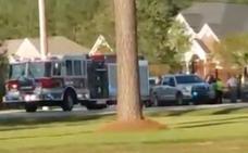 Muere un policía y otros seis resultan heridos en un tiroteo en Carolina del Sur