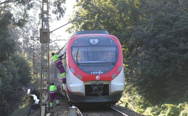 El Ayuntamiento insta a Fomento a resolver el enlace del tren nocturno de Madrid con Avilés