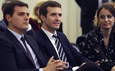 Casado y Rivera pugnan por la aplicación del 155 más duro en Cataluña
