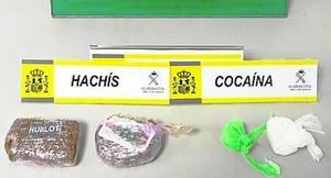 Detenido un vecino de Tineo con 25 gramos de cocaína y 180 de hachís