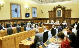 El Pleno de Gijón exige que el Gobierno firme este mes el convenio del plan de vías