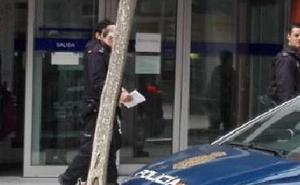 Prisión para el hombre que intentó atracar un banco en Avilés