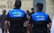 Detenido tras chocar ebrio con cinco coches en Oviedo