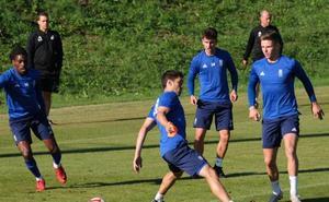 La plantilla del Real Oviedo vuelve a entrenar pendiente de los lesionados