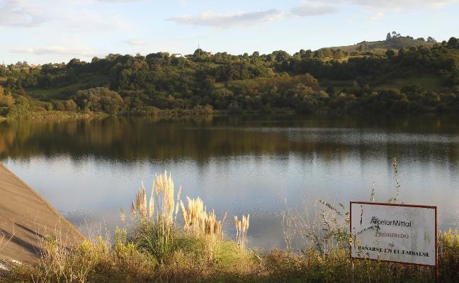 Arcelor vaciará el embalse de San Andrés para reparar las fisuras de la presa