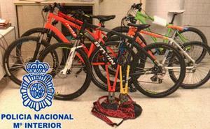 Detenidos tres jóvenes por el robo de varias bicicletas en Gijón