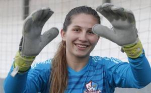 Gijón FF | Eva: «Cada vez voy cogiendo más confianza bajo palos»