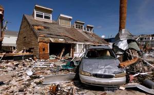 El huracán 'Michael' deja el norte de Florida como un territorio de guerra