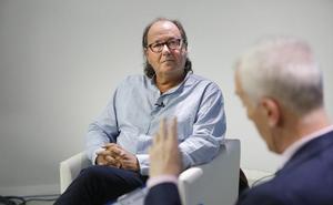 «IU considera necesario sostener el régimen del PSOE. Eso nos diferencia»
