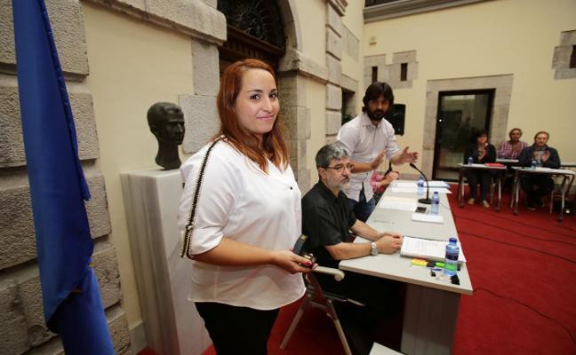 Priscila Alonso toma «sin miedo y con respeto» el relevo de Ardines en Llanes