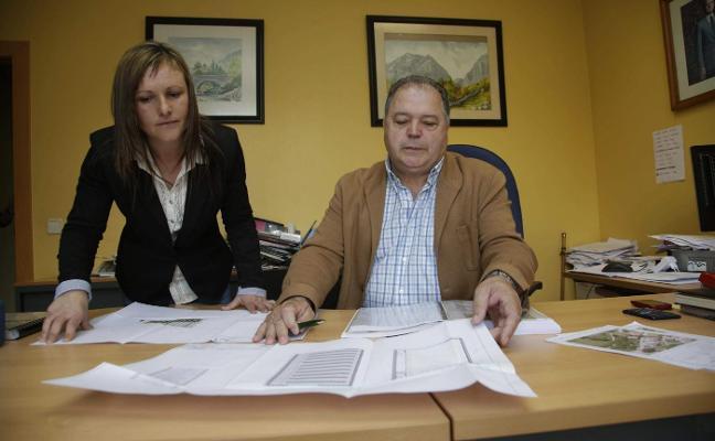 Vega culpa a la Secretaría Municipal de las irregularidades en las facturas