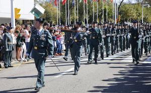 El jefe de la Comandancia de Gijón pide «respeto a la institución y a los guardias civiles»