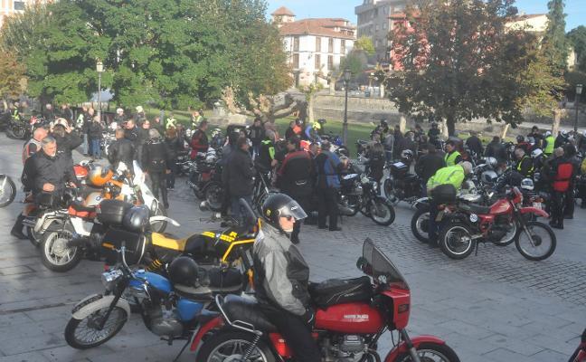 Colombres se convierte en la capital de las motos clásicas el fin de semana
