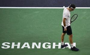Coric tumba a Federer en Shanghái y desafía a Djokovic