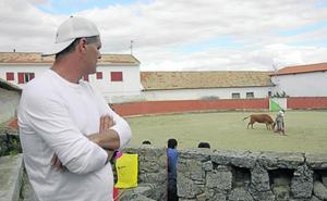Un mayoral a Frank Cuesta: «El toro tiene que morir para que viva mi familia»