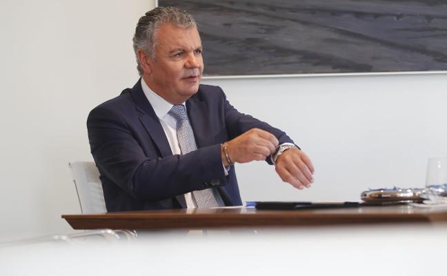 «Empresarios y políticos tenemos que consensuar una receta para revertir la situación de Asturias»