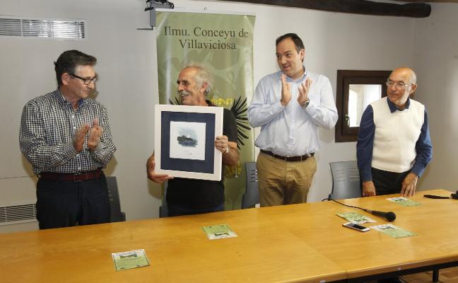 Villaviciosa reconoce al «genial» pintor José Cuadra