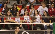 Leslie obliga a la selección española, con tres jugadoras asturianas, y al equipo gijonés del Telecable Hockey a permanecer refugiados en un pabellón de Lisboa