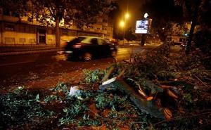 Vuelos cancelados y cortes de luz por el impacto de la tormenta Leslie en Portugal