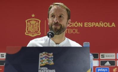 Southgate: «España tiene ahora delanteros más directos»