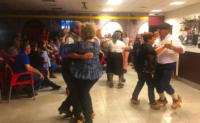 La parroquia de San Juan de Tamón celebró la fiesta del ramu