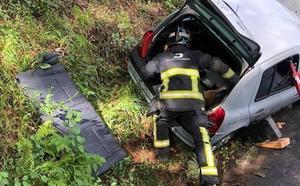 Dos heridas, una de ellas menor, en un accidente de tráfico en Castrillón