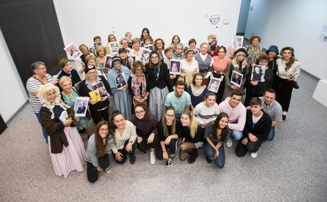 Homenaje literario a las mujeres escritoras