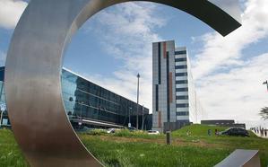 La Fundación Amancio Ortega dona 5,5 millones al HUCA para comprar equipos de radioterapia