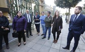 «¿Qué pensarán los asturianos si Iberia y Vueling ganan los concursos?»