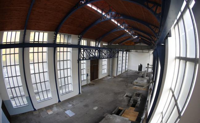 Mieres se fija en la fábrica de La Vega para dar un uso cultural a Santa Bárbara