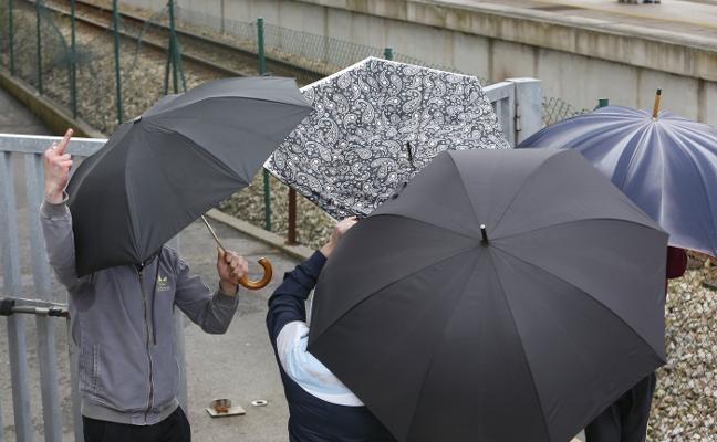 Ocho ultras afrontan penas de hasta seis años de cárcel por el ataque de La Folixa