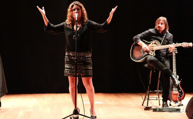 Anabel Santiago brilla en los VII Alcuentros