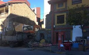 Nuevos derribos en El Entrego dentro del plan de recuperación urbana de San Martín