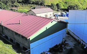 El edil de Laviana responsable de Protección Civil niega que falte material