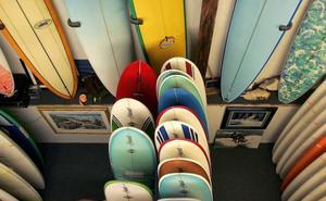 Detenido en Gijón por robar del garaje dos tablas de surf a su vecina