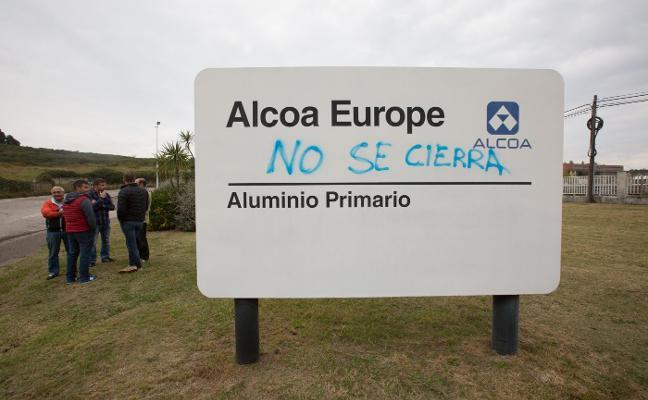 Alcoa solo negociará los despidos y no da alternativas a la continuidad