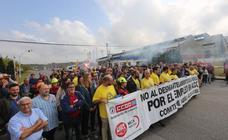 «Alcoa no se cierra», claman los trabajadores de la planta de Avilés